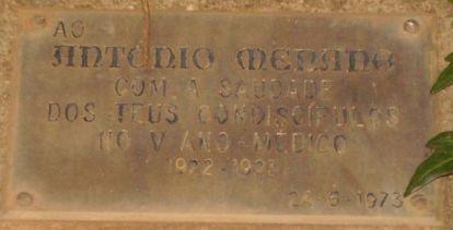 Placa de Homenagem a Menano